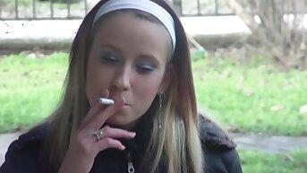 Hot Amateur Girls Smoking Fetish