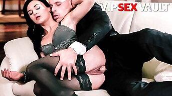 VIP Lovemaking VAULT Classy Wife Rosaline Rosa Teases Lover Into Lovemaking