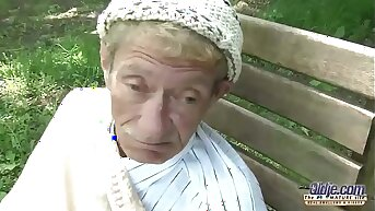 Old Young Porn Teen Gold Digger Anal Sex Here Wrinkled Old Man Doggystyle