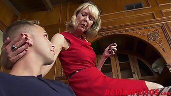 Scrawny granny has hardcore sex with young fille de joie